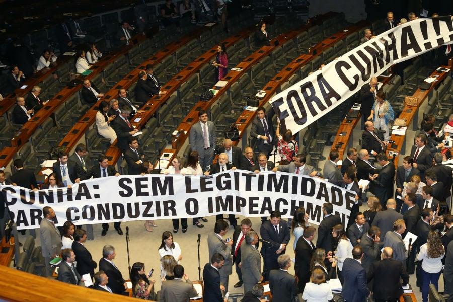 Deputados pedem a saída de Eduardo Cunha. Foto: Lula Marques/ Agência PT