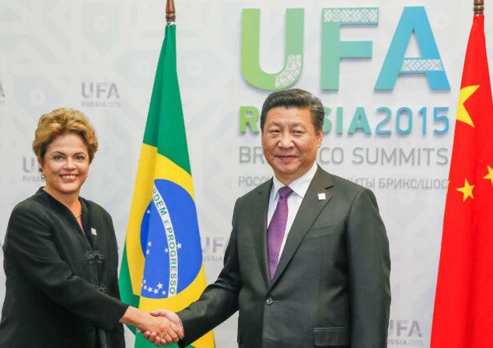 Dilma Rousseff (Brazil) and Xi Jinping (China) during a bilateral meeting at the 5th BRICS Summit. Image: Roberto Stuckert Filho/ PR