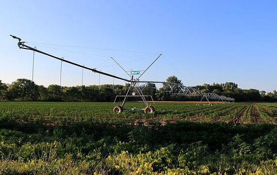 Central_Pivot_Irrigation_Sprinkler