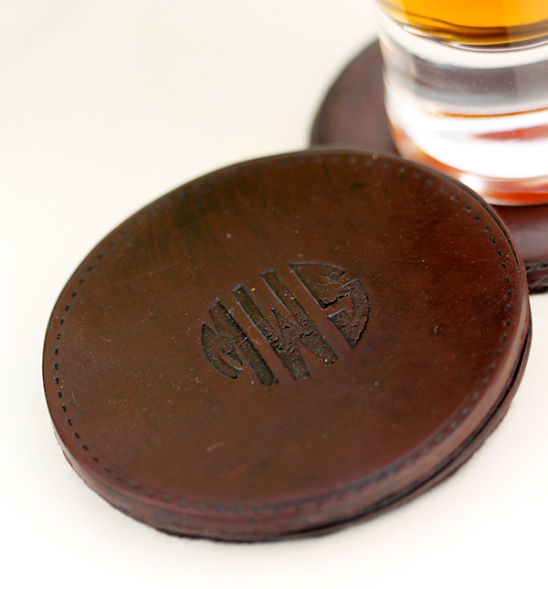 faux-leather-coaster