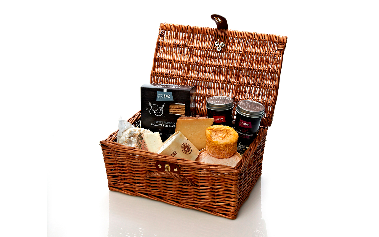 Buy Hamper Buy The Continental Cheese Gift Hamper At Pong Cheese