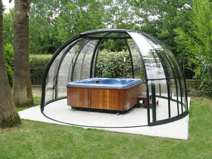 Abris Jacuzzi Exterieur Pool And Spa Enclosures - Retractable Pool, Spa And Patio
