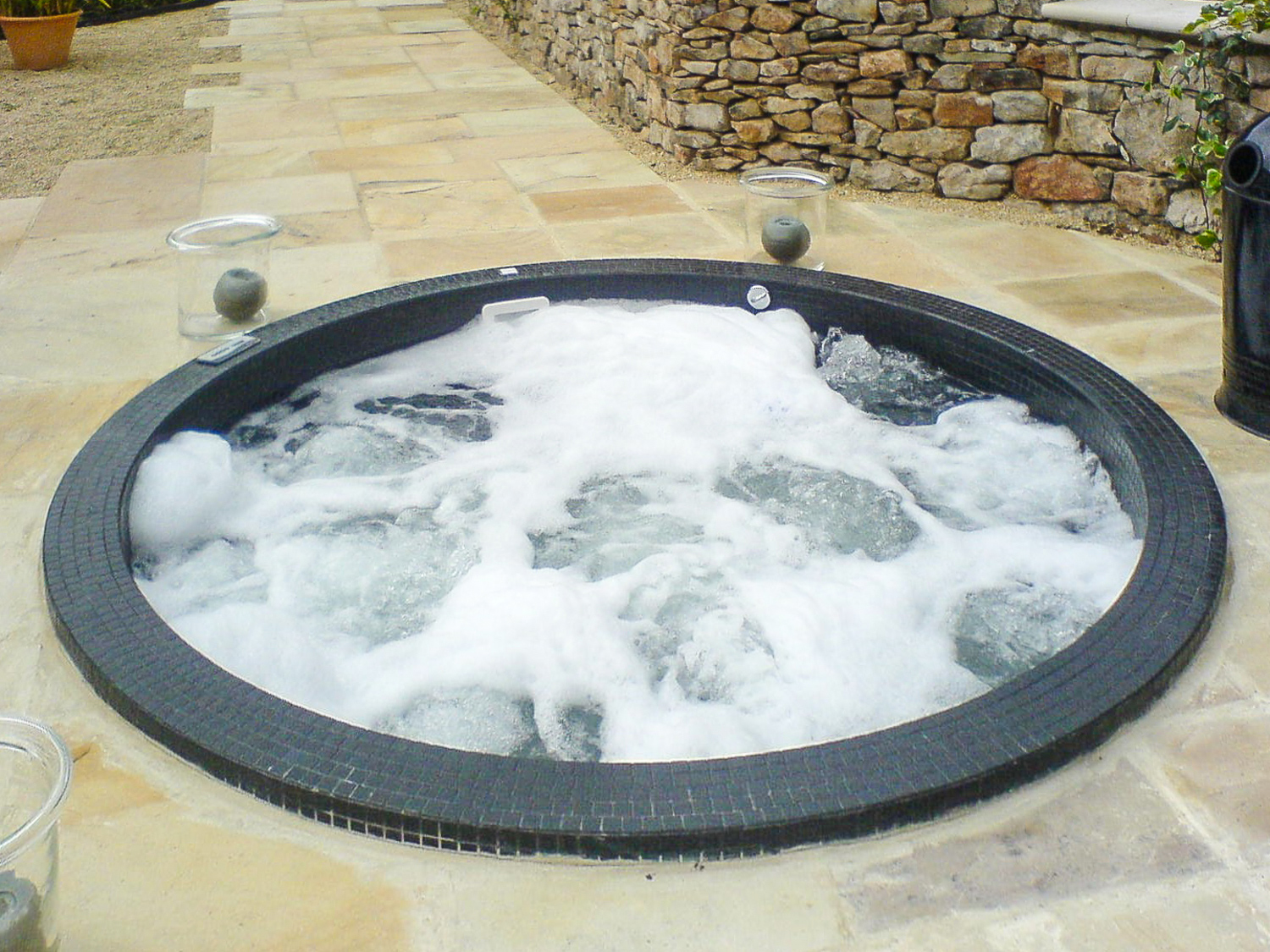 Jacuzzi Pool Service Hot Tubs And Spas Pool And Spa Service