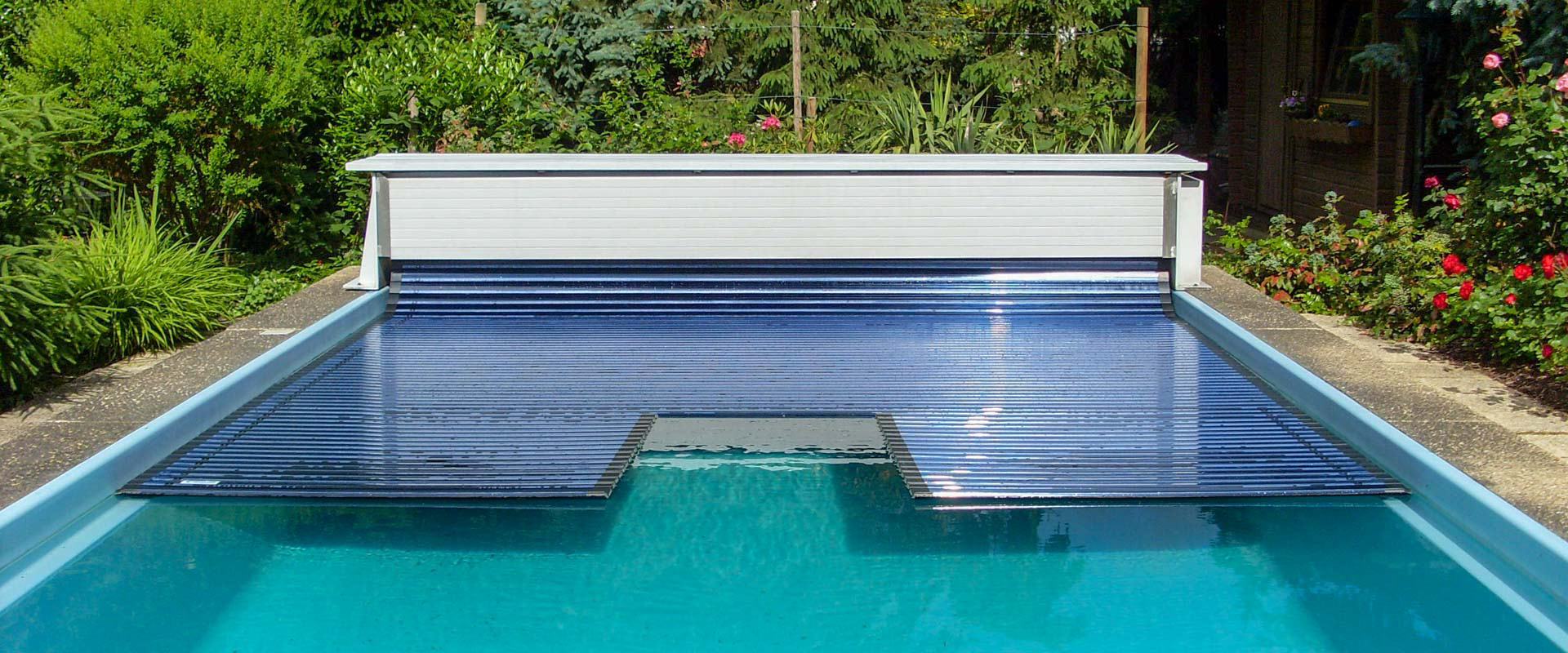 Poolabdeckung Jalousie Automatic Rigid Pool Cover System Type Compact Grando Gmbh En