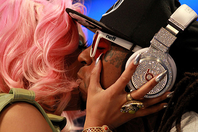 Nicki Minaj Lil Wayne Kissing