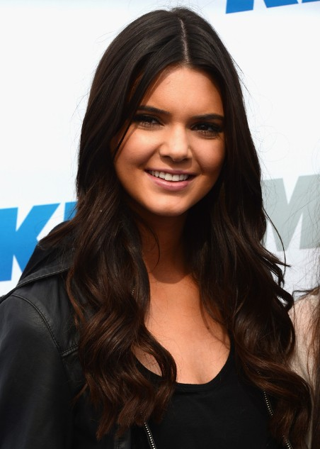 Bob Cut Haircuts Kendall Jenner Curly Hair Styles Popular Haircuts