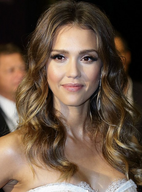 Short Haircut Style Ideas Jessica Alba Hairstyles Long Wavy Hair For Center Part