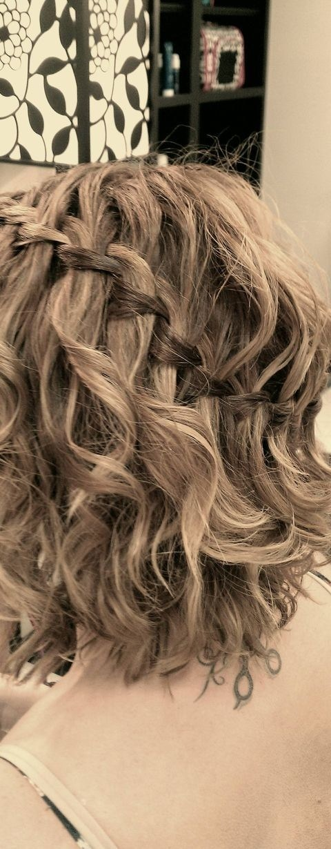 Everyday Hairstyles For Very Curly Hair : Everyday hairstyles for wavy hair waterfall braid short