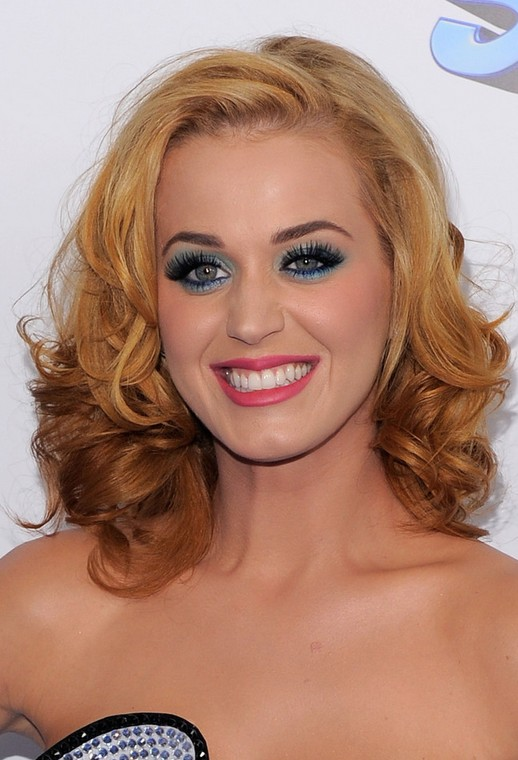 Pixie Neck Hair Katy Perry Medium Hair Cut Ombre Curls Popular Haircuts