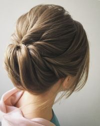 Easy and Pretty Chignon Buns Hairstyles Youll Love to Try