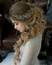 10 Lavish Wedding Hairstyles for Long Hair