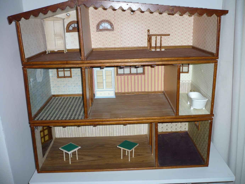 Badkamer Voor Poppenhuis : Poppenhuis slaap badkamer krokodil