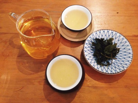 Freshly brewed Alisan Oolong Tea