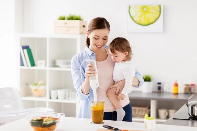 Zasady dla opiekunki do dziecka – jedzenie, zabawy, słodycze, sprzątanie