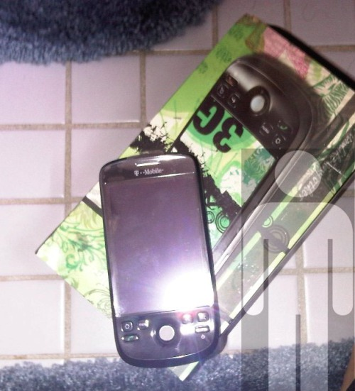 In the Wild: HTC myTouch 3G Android Phone for T-Mobile