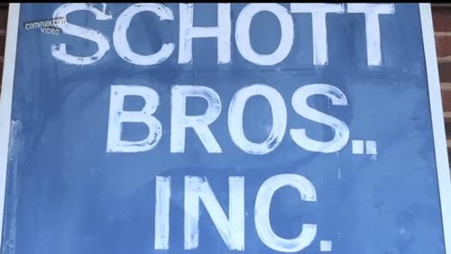 Complex Cut & Show | Schott NYC