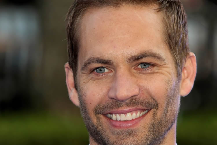 fast-furious-7-paul-walker-cgi-body-doubles-2014-1-750x500