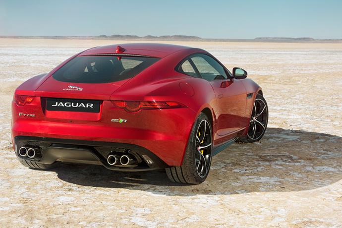 2016-jaguar-f-type-r-awd-coupe-la-auto-show-1