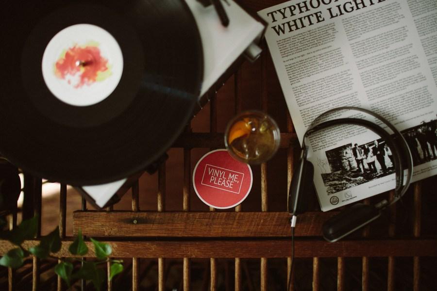 Free-Vinyl-Delivery-With-Vinyl-Me-Please-1