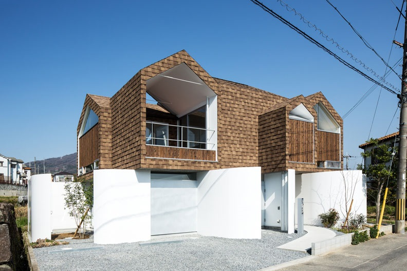 house-on-stylobate-by-y+M-design-1