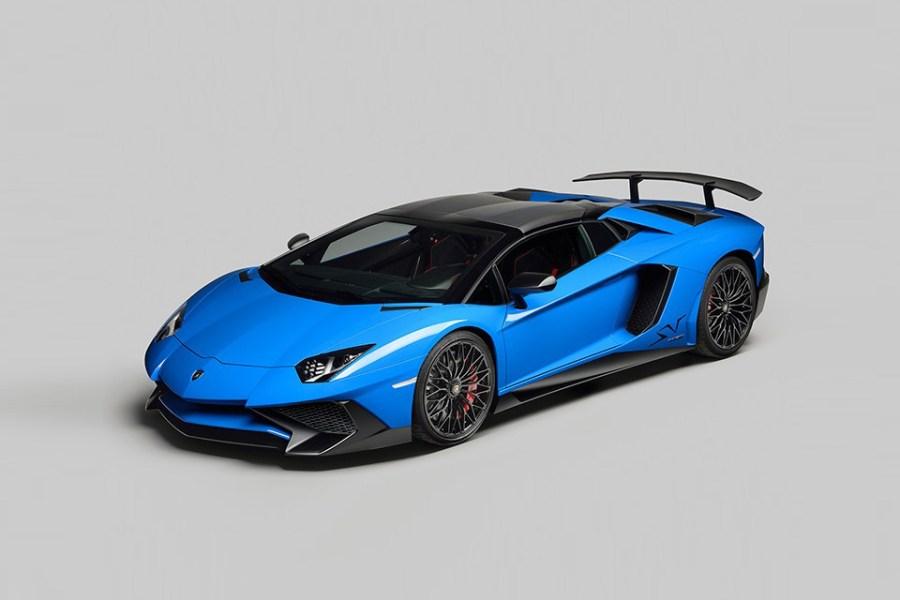 lamborghini-v12-superveloce-roadster-1