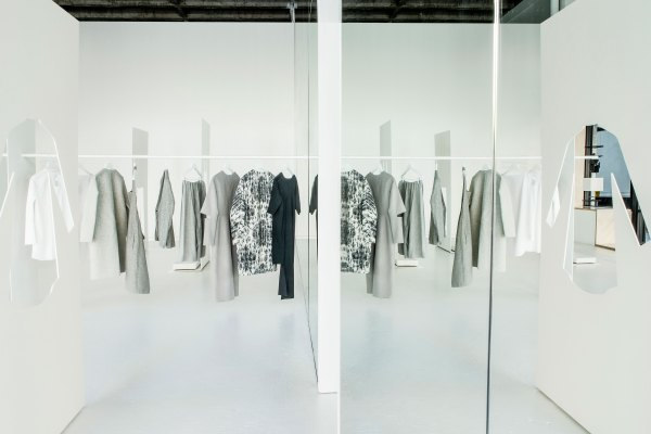 New-COS-x-Snarkitecture-Pop-Up-in-Downtown-LA-01