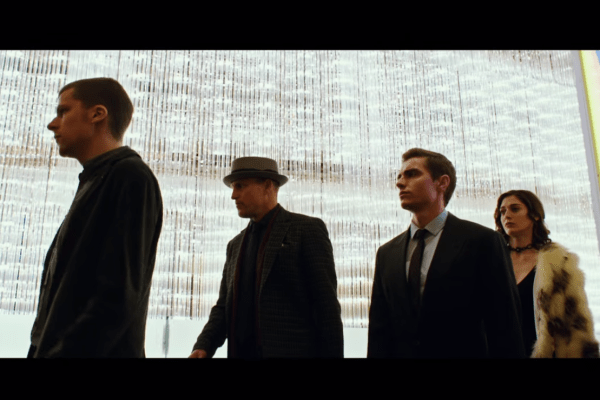 Now You See Me 2 Official Trailer-01