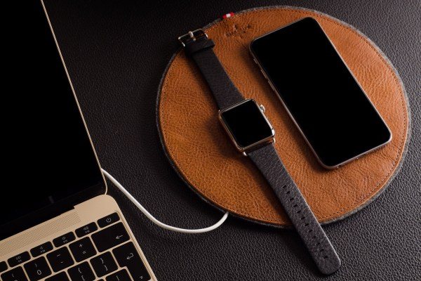 Two New Hard Graft Apple Watch Accessories-01