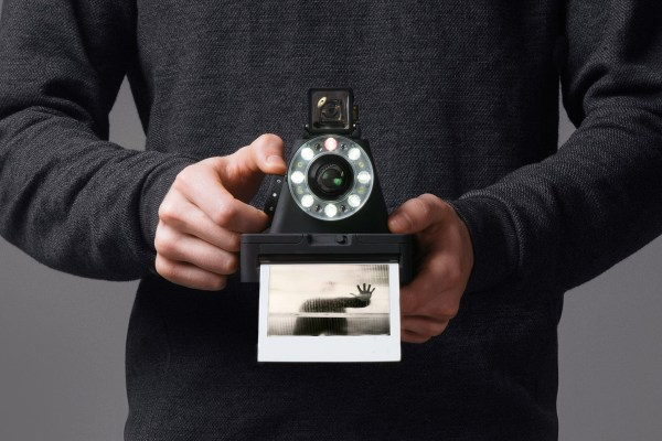the-impossible-project-i-1-instant-camera-2016-1