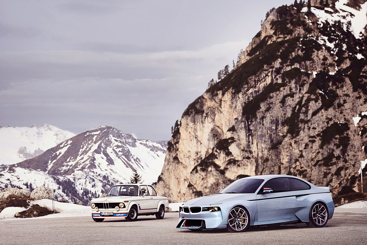 BMW 2002 Hommage Shows Up at Villa d'Este
