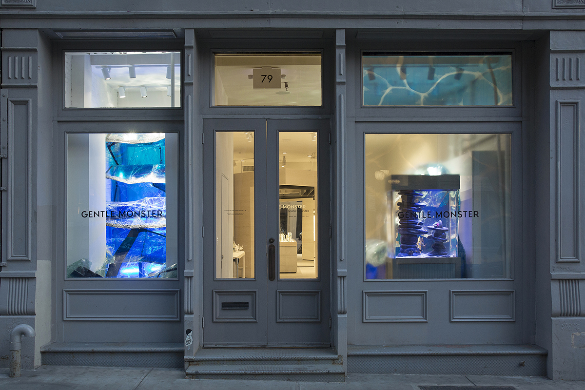 gentle-monster-nyc-grand-blue-installation-1