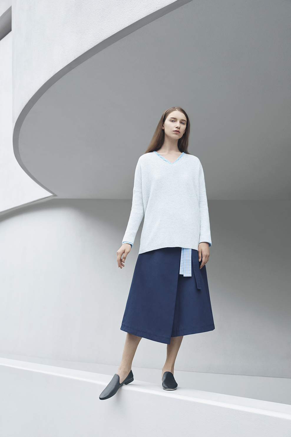 cos-agnes-martin-guggenheim-fw2016-lookbook-mens-womens-8