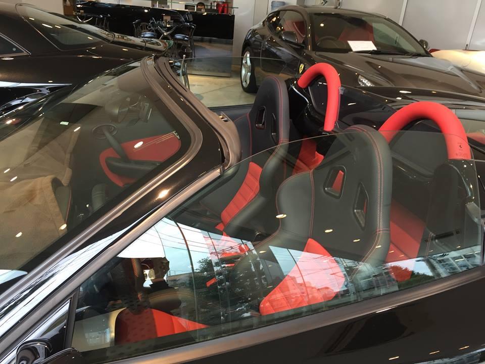 フェラーリ F430スクーデリアの中古車相場とか。