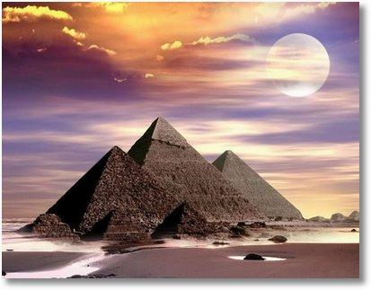 piramide-small.jpg