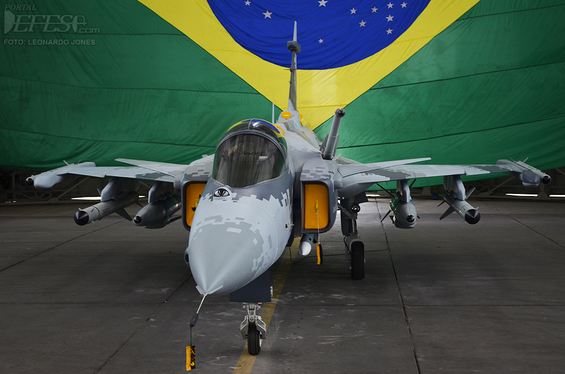 Brasil - Página 40 Gripen5