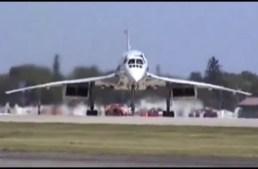 Concorde at Oshkosh 1997
