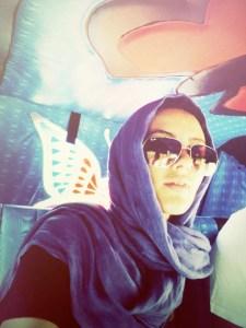 Laura Pires em uma de suas viagens para a Índia