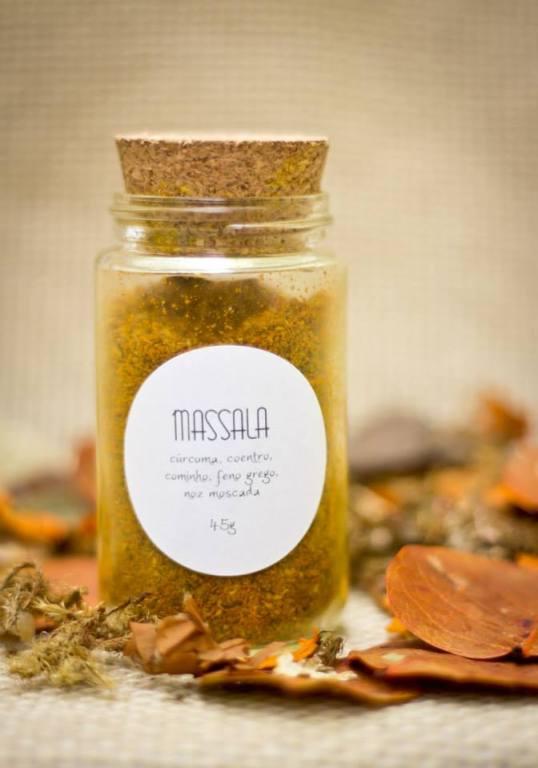 Massala aromática e depurativa – 45g (cúrcuma, coentro, cominho, feno grego, noz moscada). Uma das opções que compõe o Kit Chef