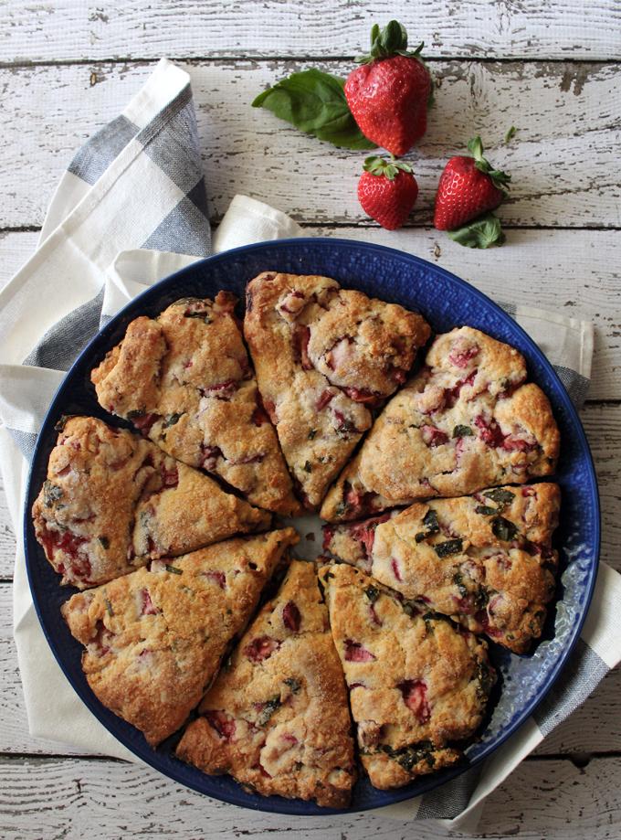 StrawberryRhubarbScones3