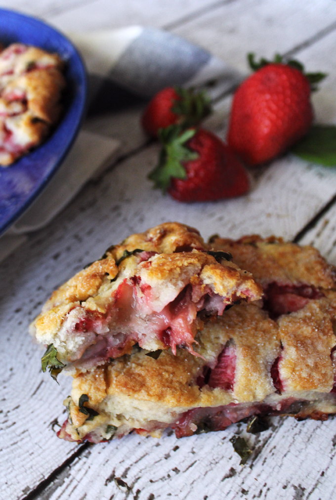StrawberryRhubarbScones4