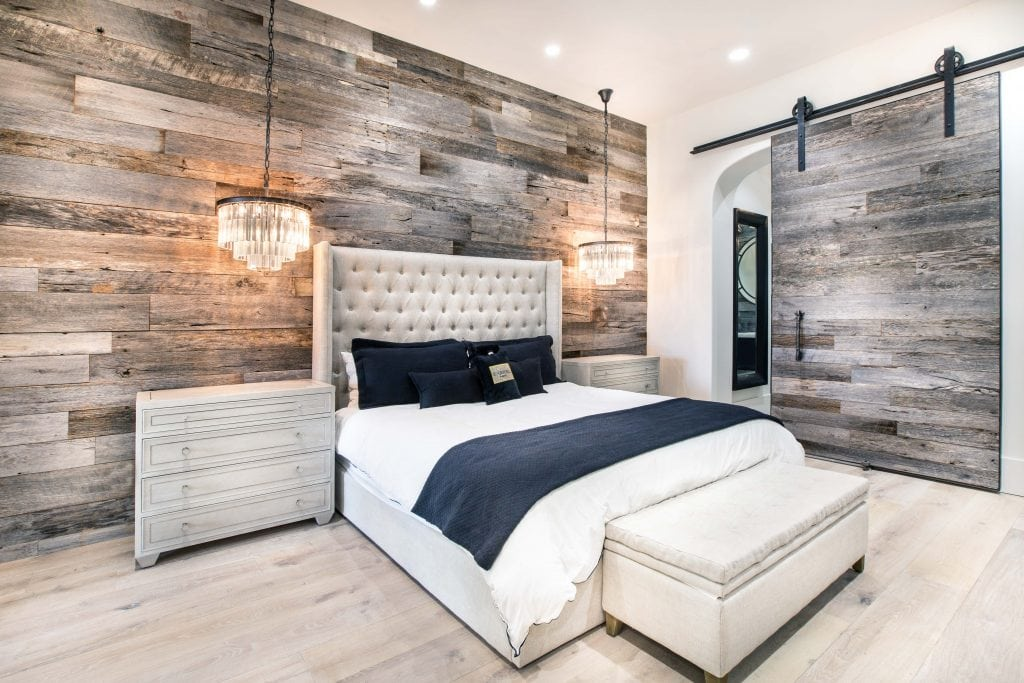 Commercial Kitchen Islands Pbw: Tobacco Barn Grey Wood Wall - Master Bedroom