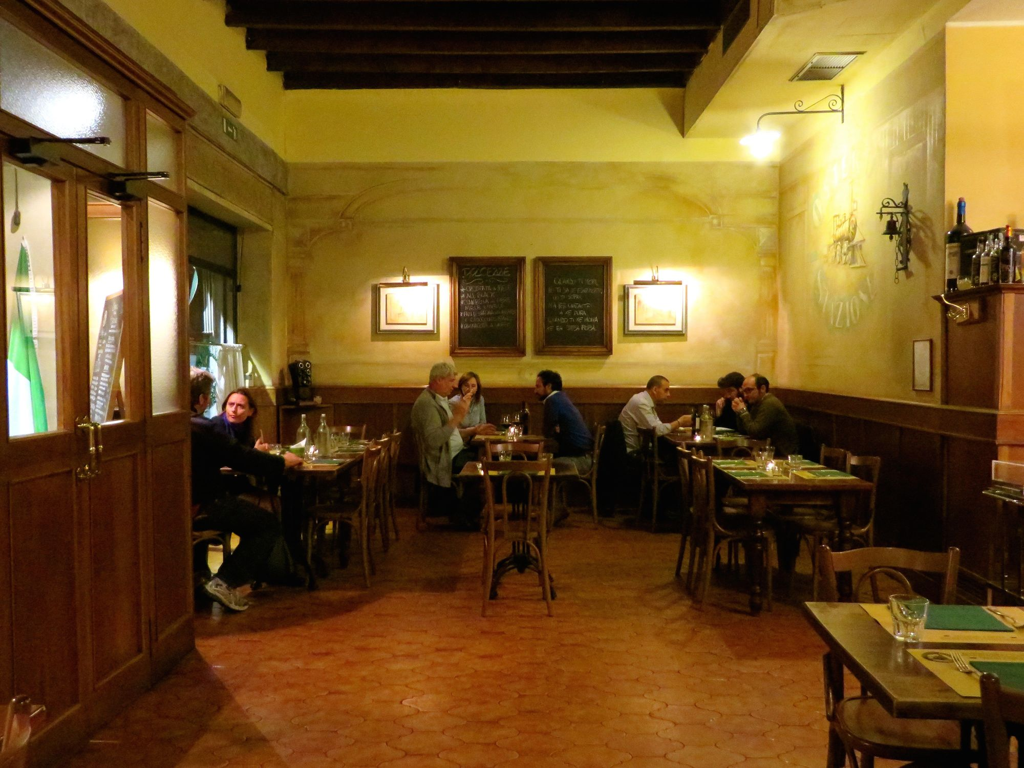 Cucina And Co Grand Central Station Postcards From Milan Osteria Della Stazione It S Like Drinking