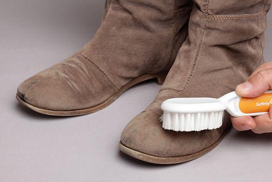 как чистить замшевую обувь