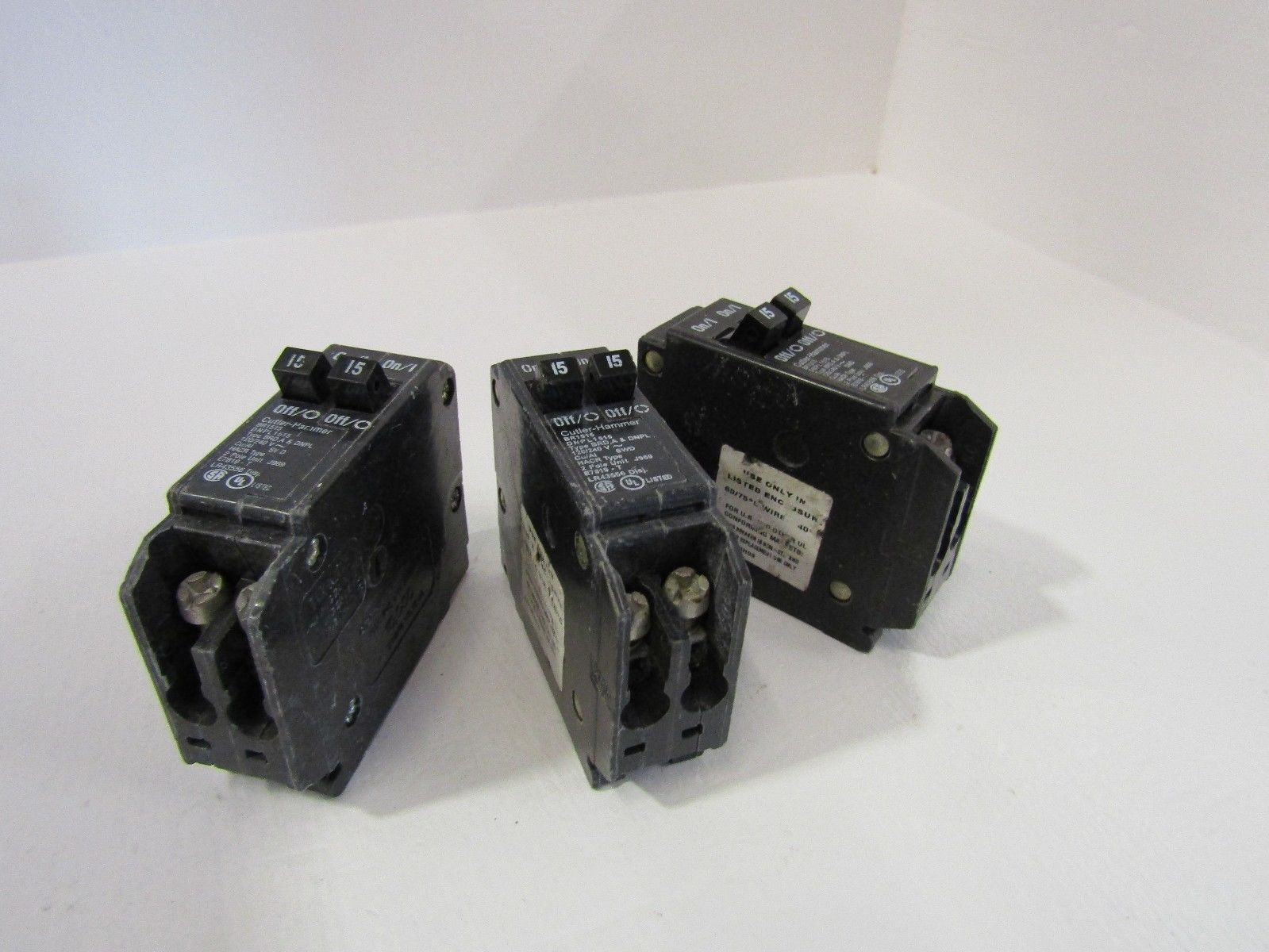 Cutler Hammer Type Bab2015 Circuit Breaker 2 Pole 15 Amp Auto Eaton Bab1020 Quicklagr 20 120 New Lot Of 4 Br1515 Volt