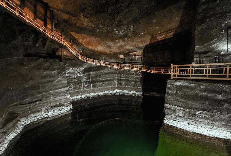 Соляная шахта в Величке.