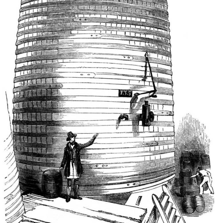 Именно такие огромные цистерны с пивом использовались в 19 веке в Лондоне.