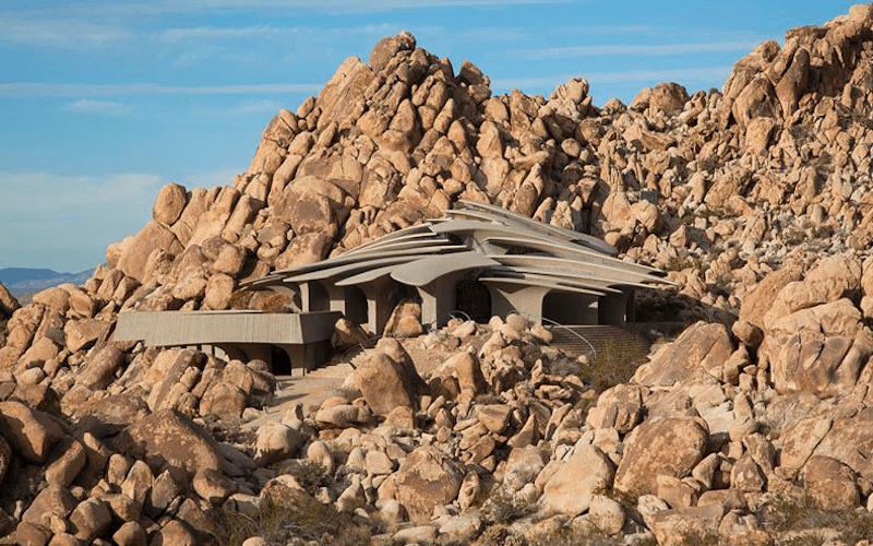 Органическая архитектура, самый необычный дом.
