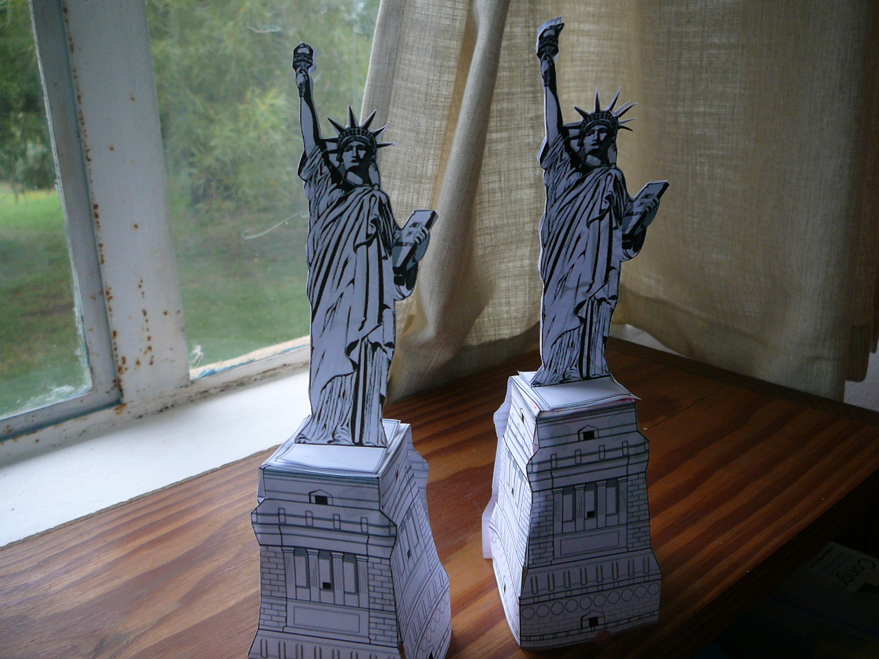 Paper Toys Model For Busy Hands Practical Pages