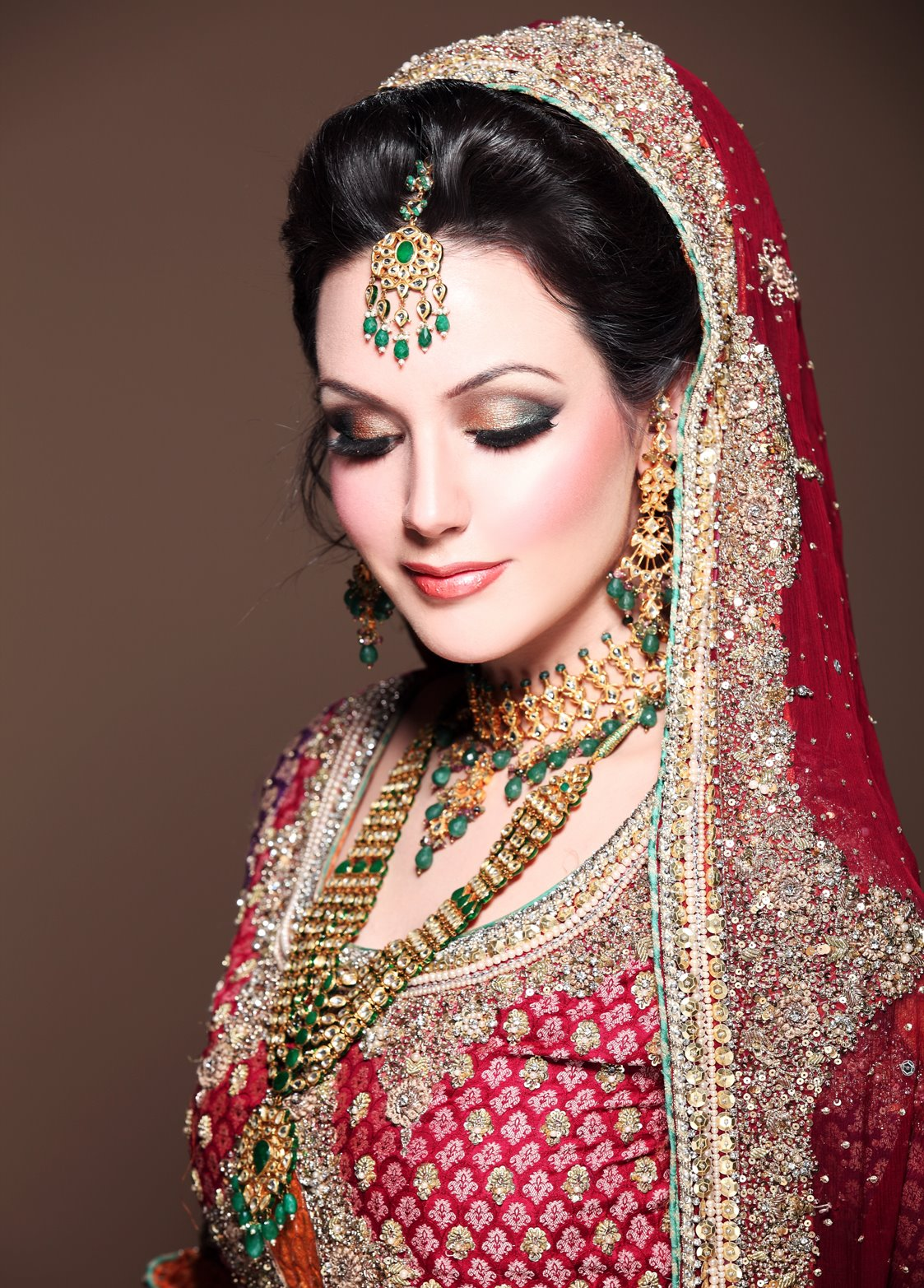 Bridal Makeup Salon Bollywood Makeup Artist In Mumbai Top Best Celebrity Make