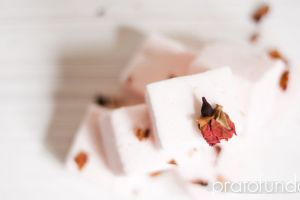 Marshmallow de Champagne no Outubro Rosa